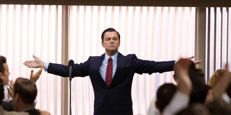 Leonardo Di Caprio en el Lobo de Wall Street como jeve motivador