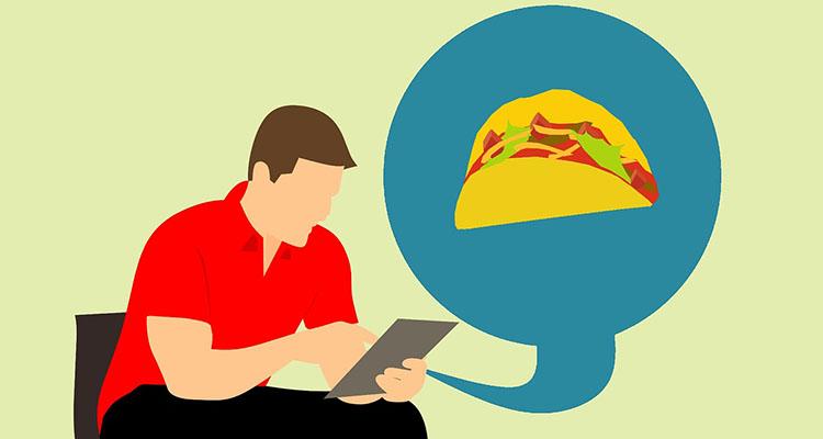 pidiendo comida con la tablet